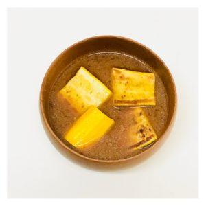 黄色ズッキーニのみそ汁